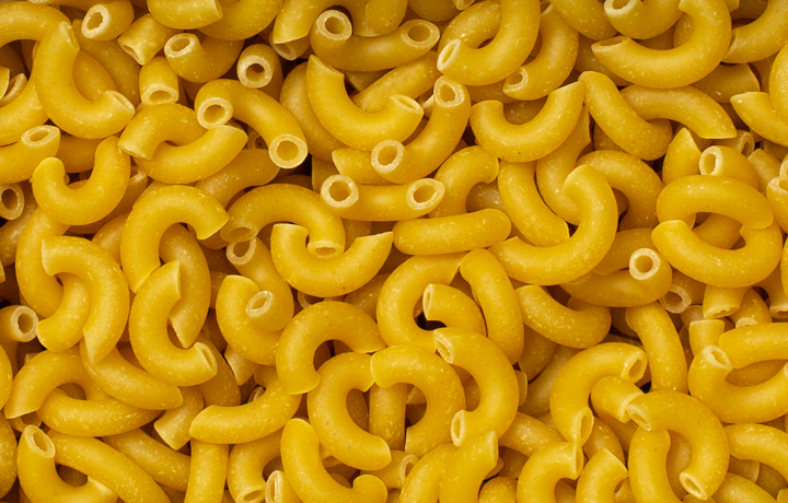 elbow pasta noodle background